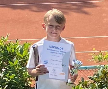 Anton Wiedmann gewinnt U10 in Metzkausen